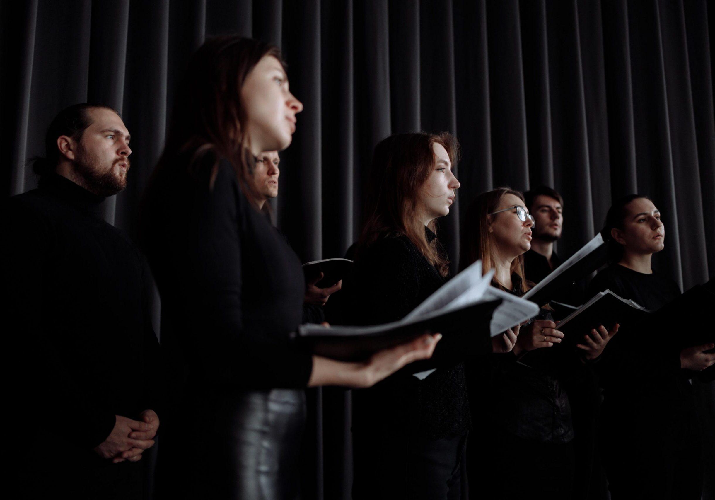 choir singers_small